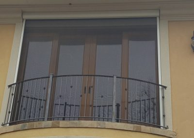 Juliet balcony screen down (Medium)